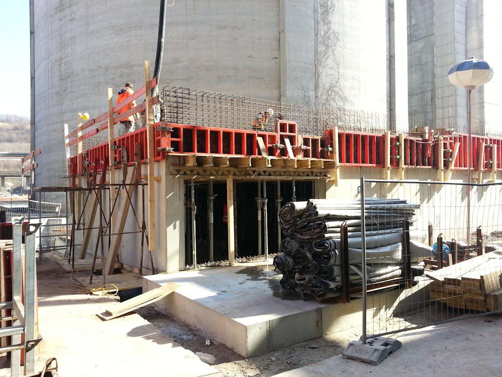 Stahlbaukonstruktion Fluffhalle ● Dyckerhoff AG - Werk Göllheim 3/10