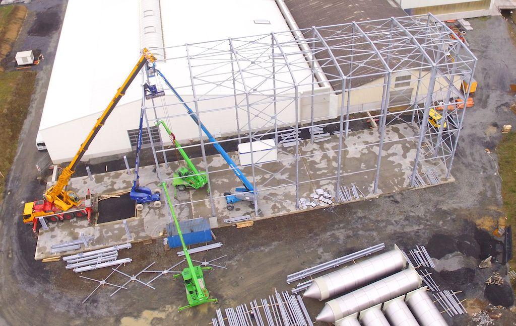 Hallenkonstruktion mit Treppenturmanlage ● Alois Korzilius Interbau GmbH & Co. KG - Ransbach-Baumbach 2/4